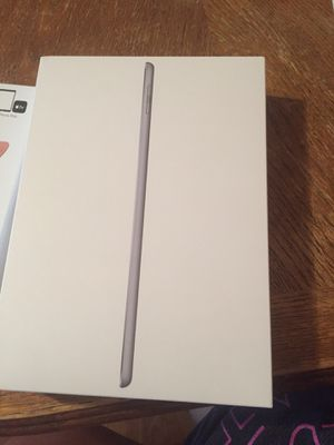 iPad 6th generation for Sale in Pontotoc, MS