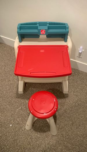 Step 2 drawing desk for kids with stool for Sale in Rancho Santa Fe, CA