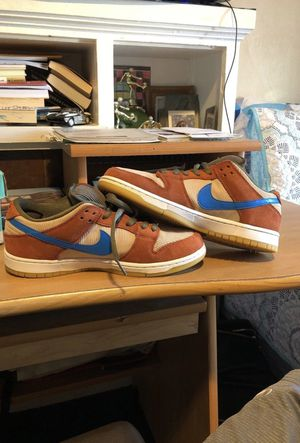 SB DUNK LOW CORDUROY for Sale in Oakland, CA