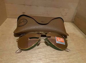 Brand New Authentic Aviator Sunglasses for Sale in San Antonio, TX