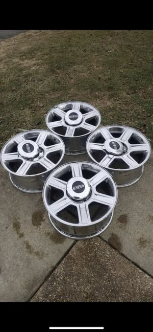 "Lincoln wheel Rims 17"" complete set for Sale in Silver Spring, MD"