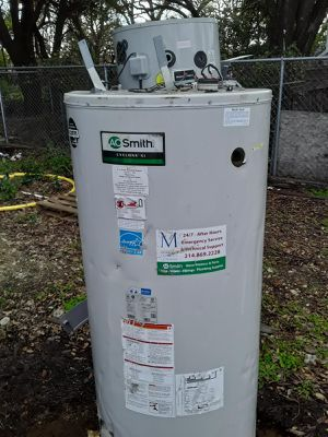 AO Smith water heater 100 gallon for Sale in Fort Worth, TX