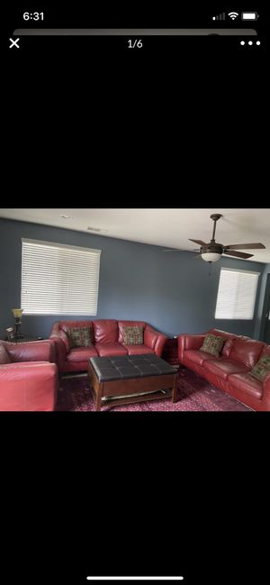 Living Room Set for Sale in Lake Elsinore, CA