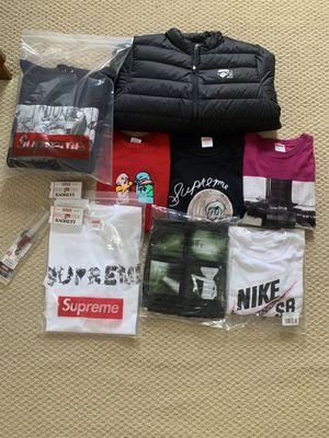 Supreme bundle for Sale in Stone Ridge, VA