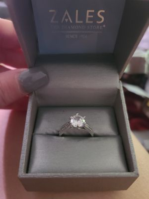 2.5 ctw Diamond and White Sapphire 18kt White Gold Ring for Sale in Allendale, MI