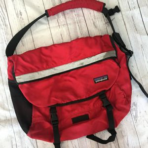 Patagonia Halfmass Messenger laptop satchel for Sale in San Mateo, CA