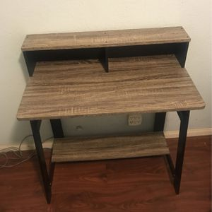 Office Desk for Sale in Long Beach, CA