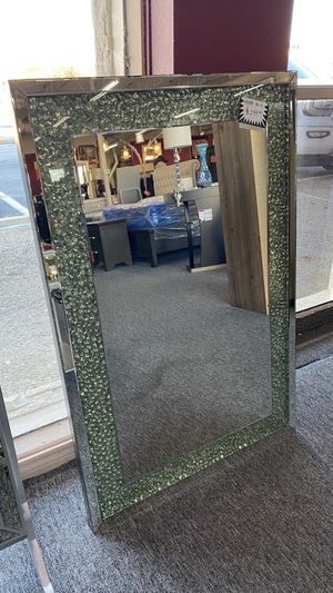 New High Quality Mirror with Stones inside 2H3 for Sale in Euless, TX