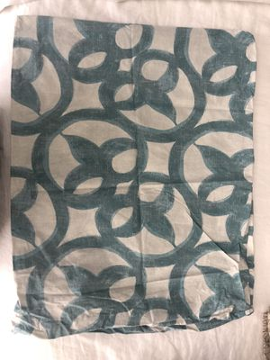 West Elm Queen Duvet Cover and Shams for Sale in Tampa, FL