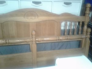 King headboard and footboards for Sale in Salt Lake City, UT