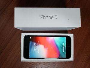 TracFone 32gb iPhone 6 for Sale in Racine, WI