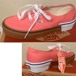 Vans authentic gum block girls - sizes 5.5 and 6 for Sale in Brea, CA