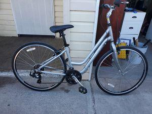 Trek 7000 womens mountain bike for Sale in Las Vegas, NV