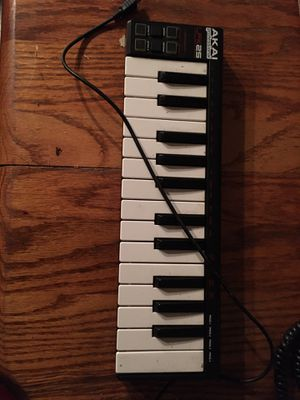 Akai lpk midi controller for Sale in Newport News, VA