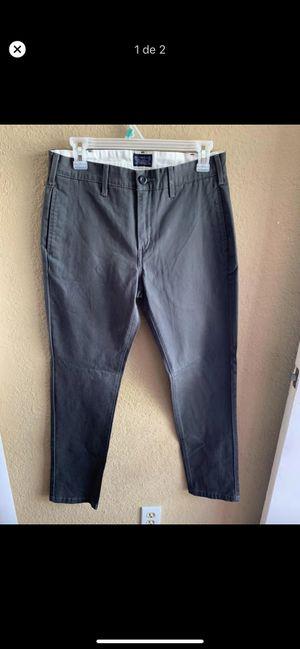 Pantalón para hombre for Sale in Lawndale, CA