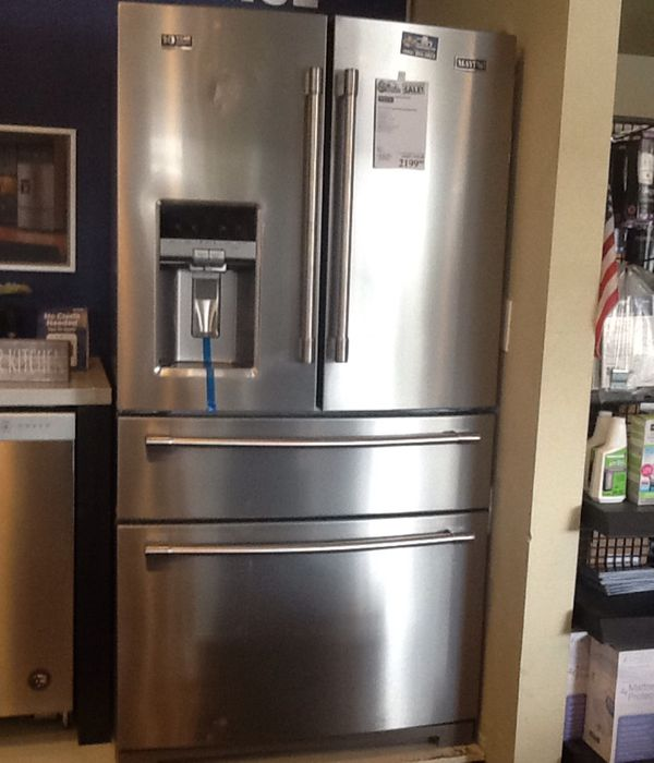 New open box maytag French door refrigerator MFX2676FRZ