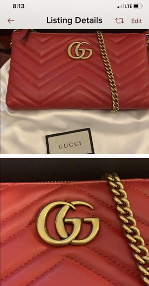 Gucci red wallet purse for Sale in Fresno, CA