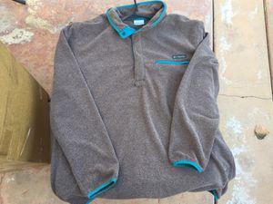 Columbia Sweater Pull Over Sz XL Sportswear for Sale in La Puente, CA