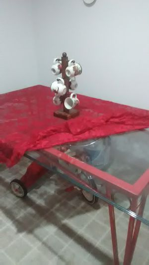 Glass dining table for Sale in Bartow, FL