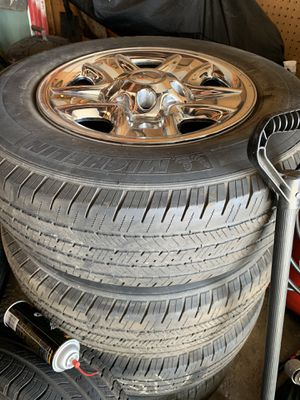 Set of 4 wheels and tire Toyota Tundra for Sale in Chicago, IL