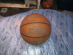 Mike 3005 tournament basketball for Sale in Los Angeles, CA