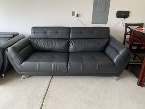 Black leather sofa set for Sale in Clover, SC