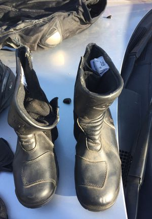 Motorcycle gear boots and jacket for Sale in Lemon Grove, CA