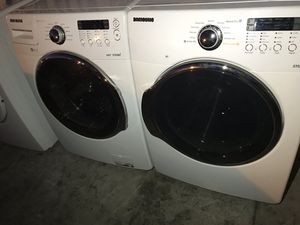 SAMSUNG WASHER AND DRYER LIKE NEW for Sale in La Habra, CA