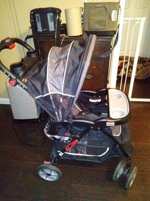 Baby trend baby Stroller for Sale in Clarksville, TN