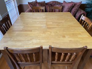 White Oak Wooden Hightop Table (Includes 6 Chairs) for Sale in Bowie, MD