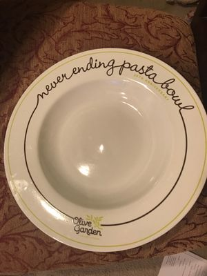 Olive Garden bowl for Sale in Baton Rouge, LA