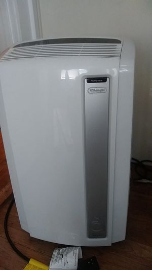Portable air conditioner for Sale in Pleasant Hill, IA