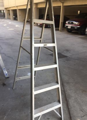 Aluminum 6ft ladder 250lbs for Sale in Los Angeles, CA