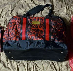 Cheetah print carry on bag for Sale in Phoenix, AZ