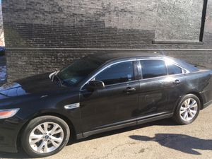 2011 Ford Taurus sel for Sale in Philadelphia, PA