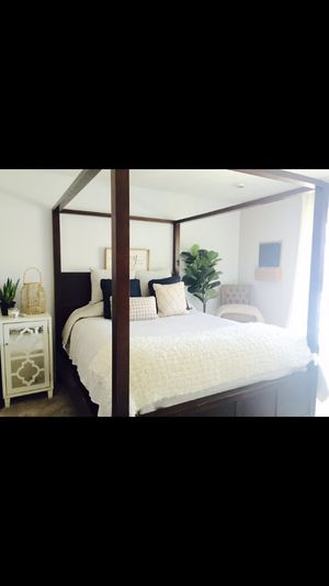 Queen bed frame for Sale in Rodeo, CA
