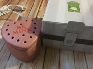 Be Mine Scentsy Warmer for Sale in Hanover, MD