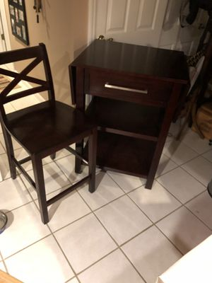 Bistro table with 2 chairs for Sale in Glenshaw, PA