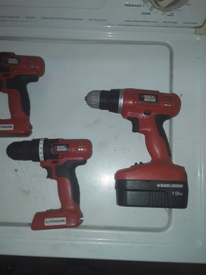 BLACK AND DECKER 18v DRILL SET for Sale in Washington, DC