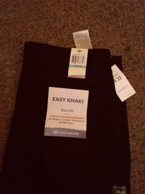 Men's Dockers slim fit khakis 34x32 for Sale in Bakersfield, CA