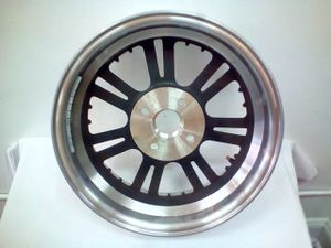 Triglide Harley Davidson Motorcycle Rims for Sale in Westchester, IL