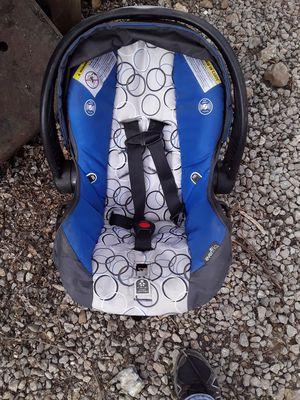 Graco boys car seat for Sale in Dixon, MO