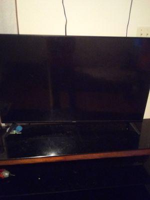"50"" Vizio Smart TV With Remote and HDMI cord for Sale in LRAFB, AR"