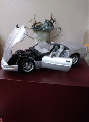 1996 silver Chevrolet Corvette excellent condition brand new. Adult toys for Sale in Las Vegas, NV