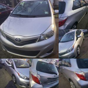 2012 Toyota Yaris LE 1.6 V4 dr Hatchbacks for Sale in Elizabeth, NJ