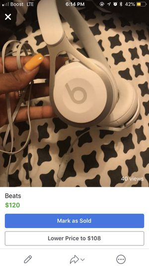 Beats (headphones) for Sale in Pittsburgh, PA