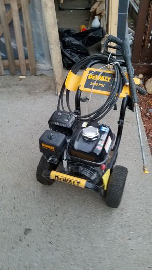 3400 psi 9 months old for Sale in Boston, MA
