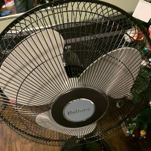 Holmes Stand Fan for Sale in Bakersfield, CA
