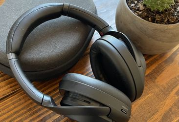 Sony Noise-Canceling Headphones (WH-1000XM3) for Sale in Washington,  DC