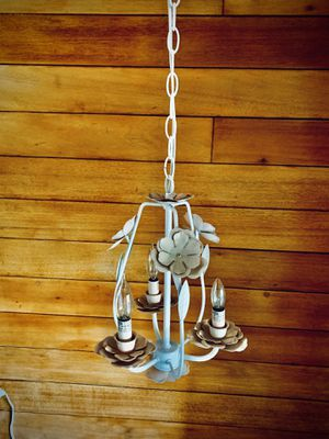"""Shabby Chic Chandelier Metal 16"""" for Sale in Lakewood, CA"""